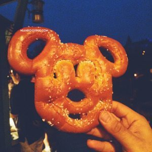 pretzel-mickey