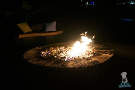 Palmeiras' Outdoors Fire Pit