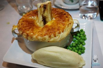 The Avenue's Pie & Mash