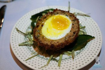 the-avenue---scotch-egg-2