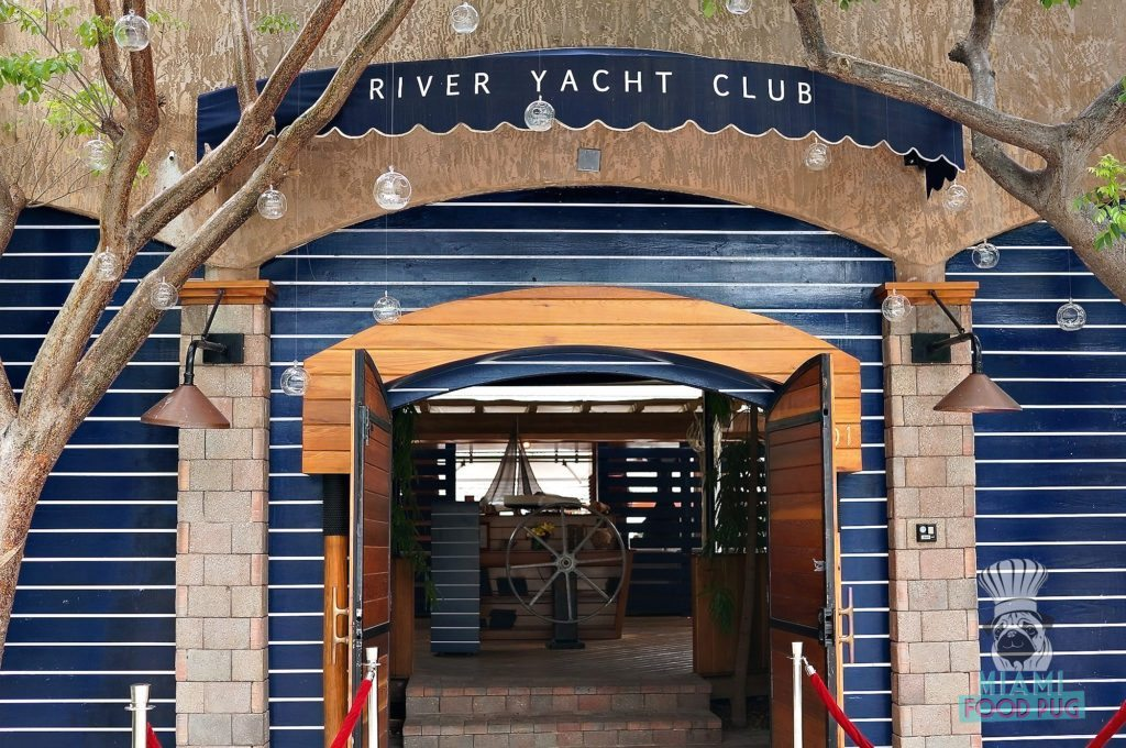 River Yacht Club - Entrance