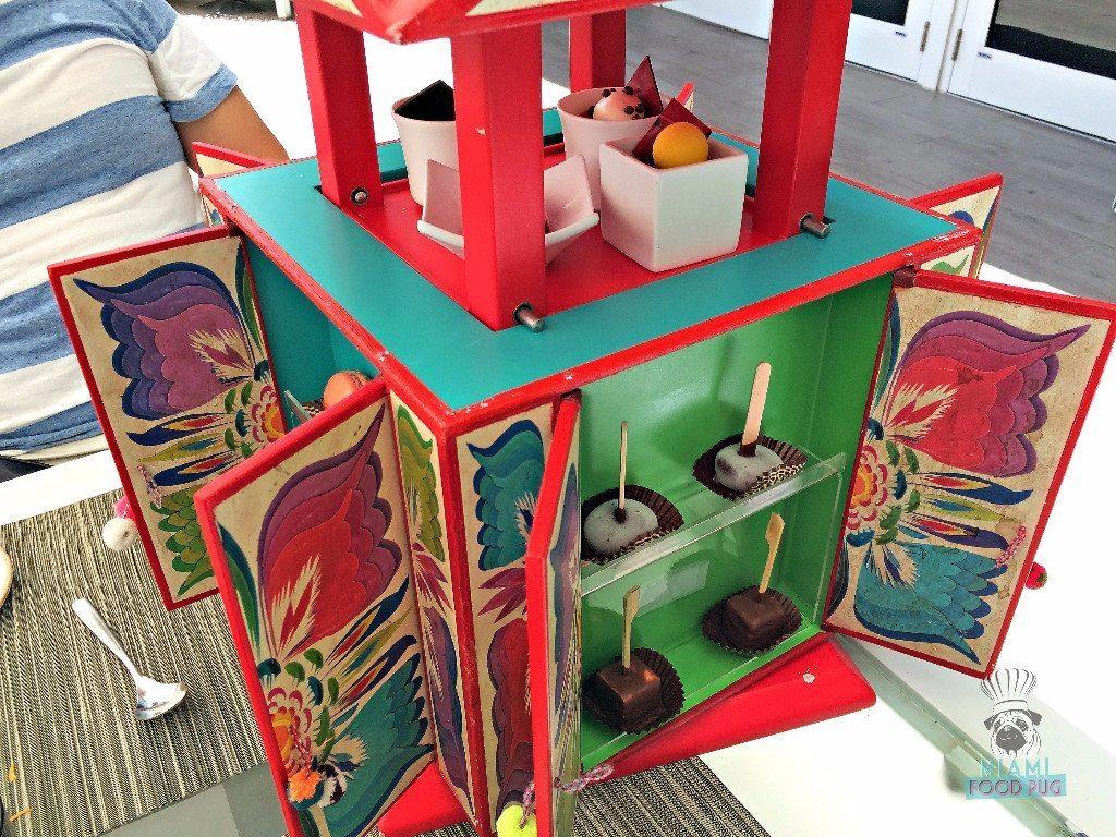 la-mar-dessert-house